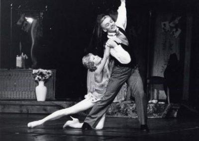 1987_balet_Goluboi__angel_(s_V_Vasil_evy_m)_(hor_R_Peti)-Marsel_skii__balet-Parizh-foto_A_Sumire-Lartig_jpeg